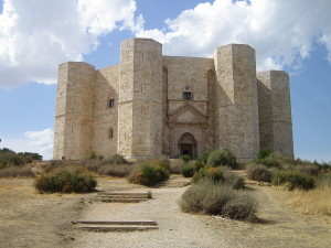 800px-Castel_del_Monte